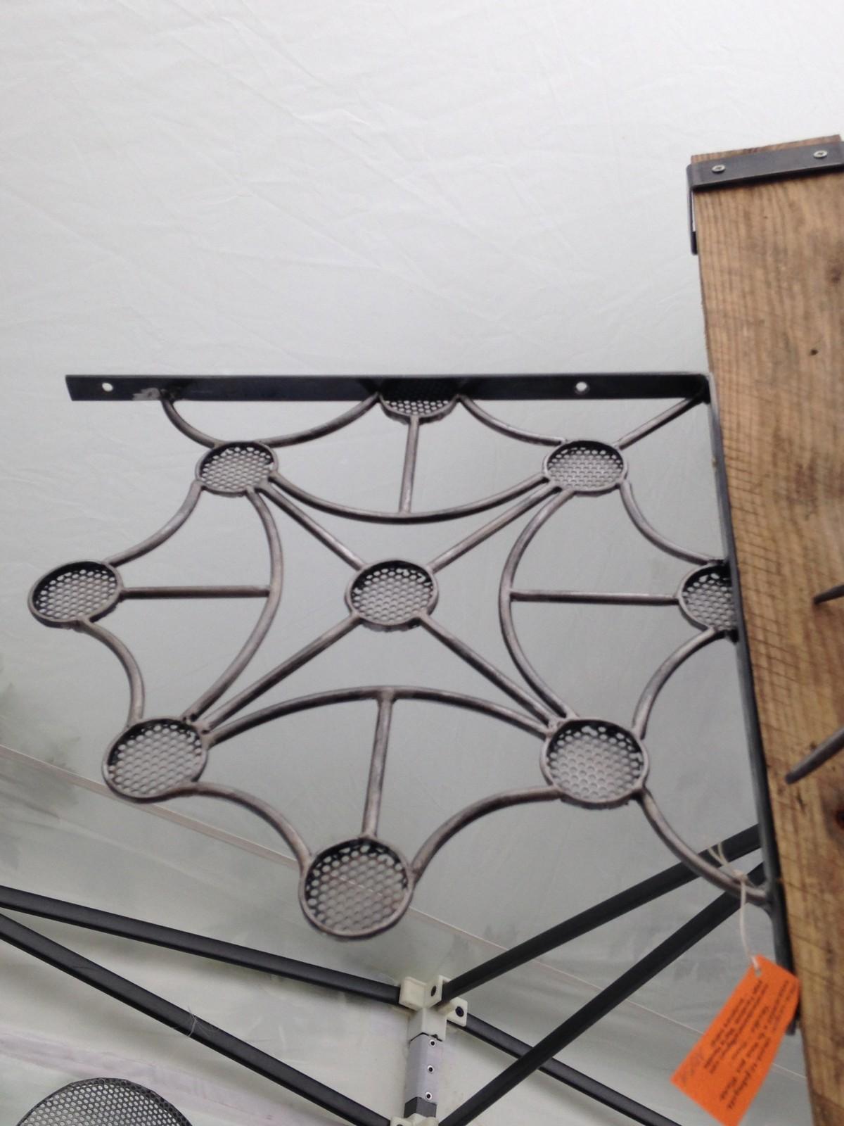 Une décoration originale pour vos angles de porte, angle de poutre...